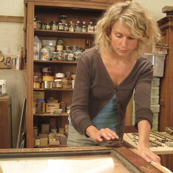 Propos lignes d 39 art restauration de meubles anciens - Restauration de meubles anciens ...