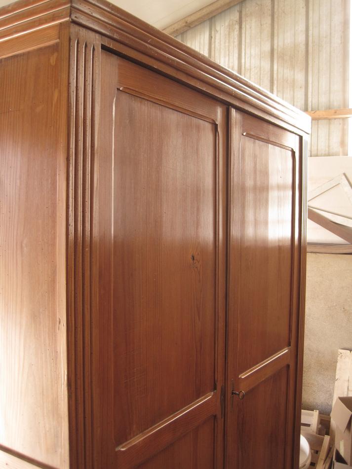 Armoire pitchpin lignes d 39 art restauration de meubles - Cerusage de meuble ...